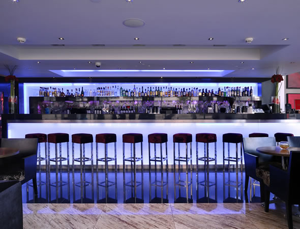 Silks Cocktail Bar