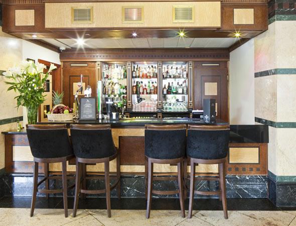 Hermes Lounge Bar