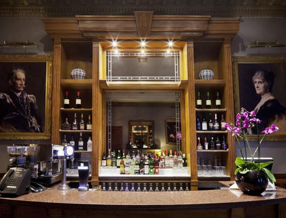 Glamis Lounge Bar