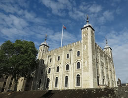 Top Galleries & Museums Within 20 Minutes Walk Of Grange Tower Bridge