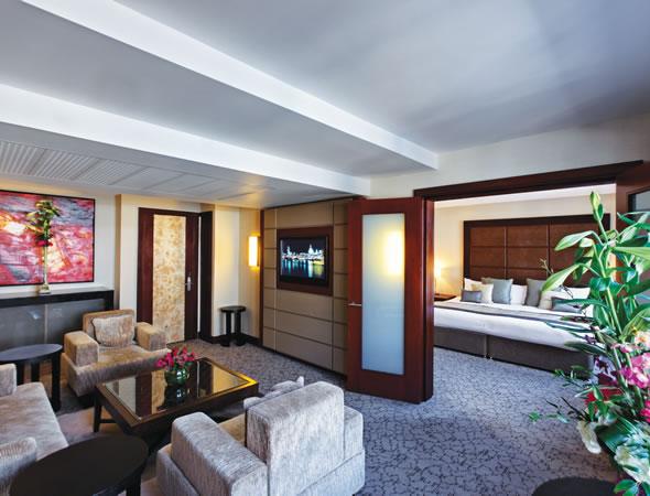 Suite Left Right