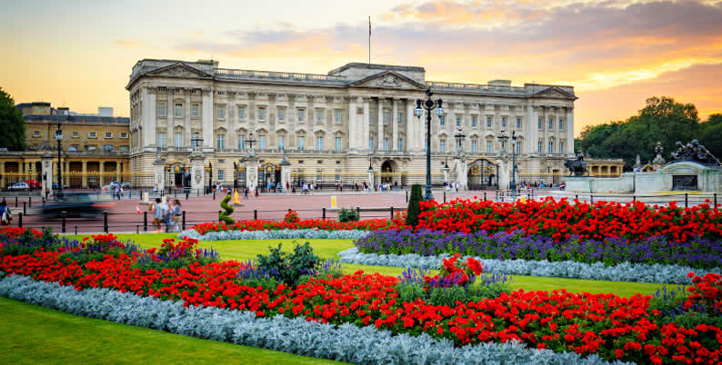 Buckingham Palace Opens Its Doors - The State Rooms