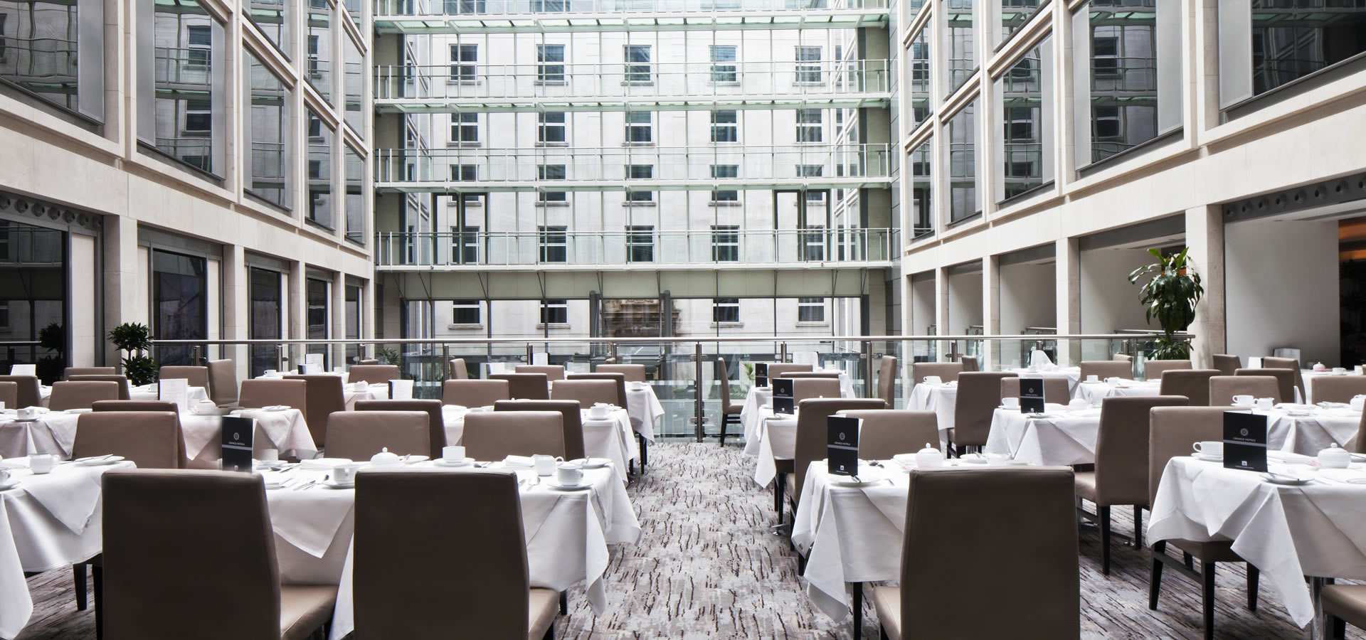 Hotels in st pauls london hotel near tate modern - The grange hotel restaurant ...