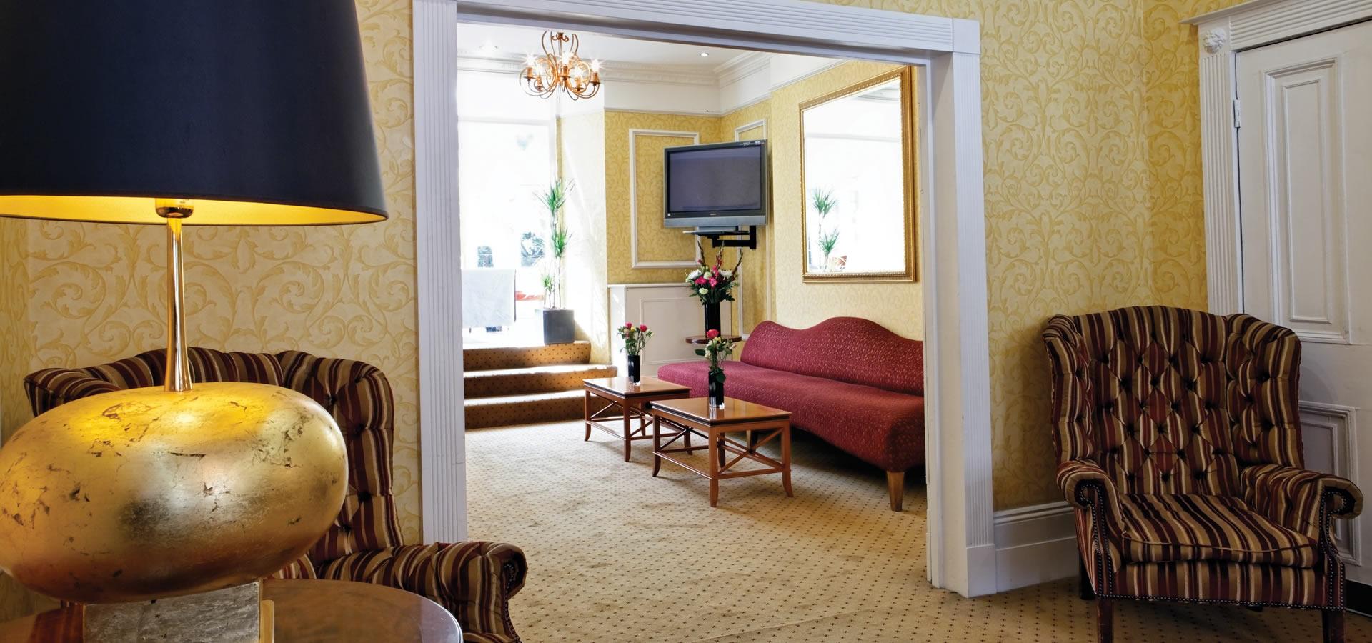 Grange buckingham hotel london luxury hotel in central for Accolades salon st paul