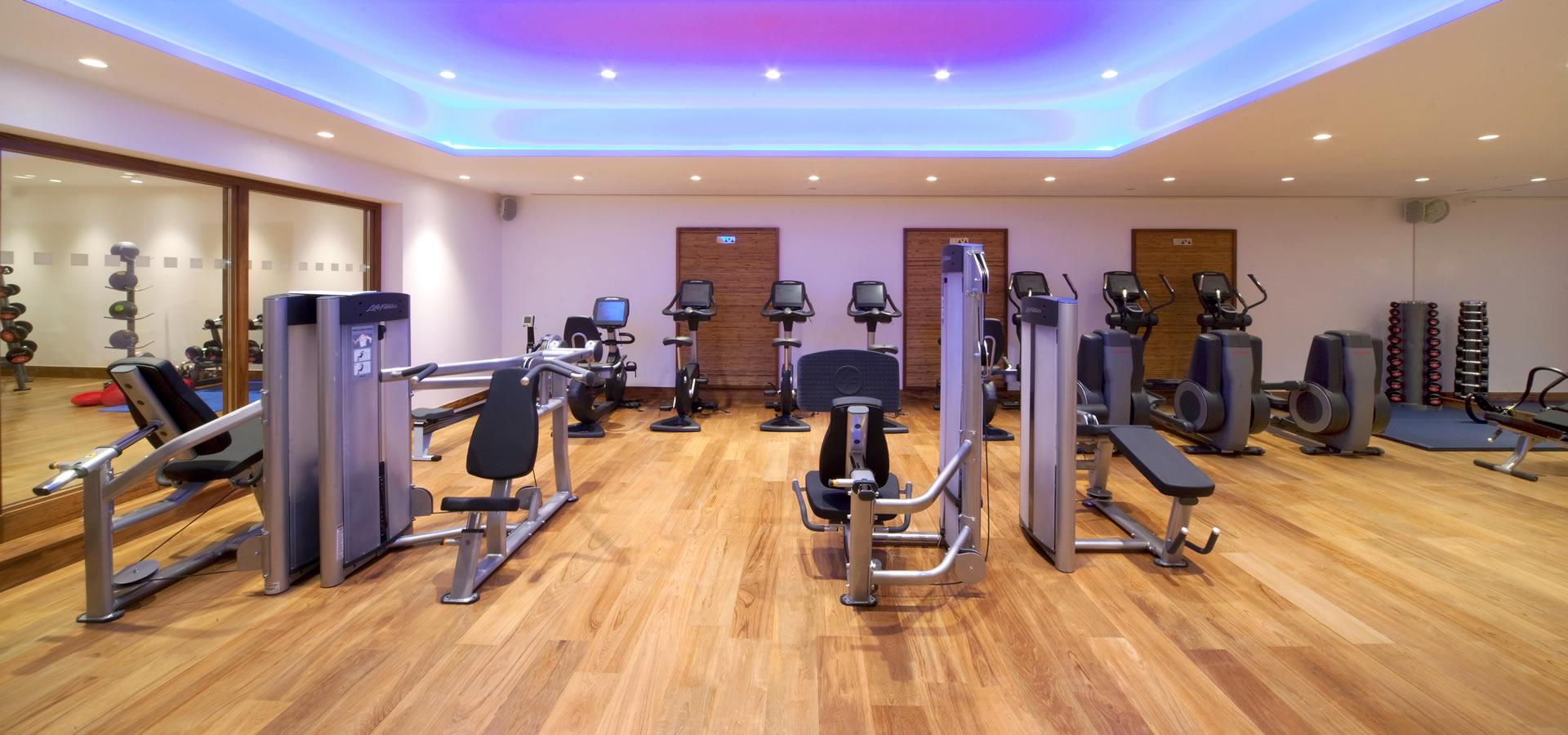 Tower Bridge Health and Fitness Club | Pool & Gym near ...